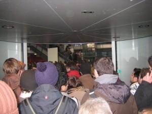 Stau an der Tür des Audimax anlässlich der Schäuble-Rede